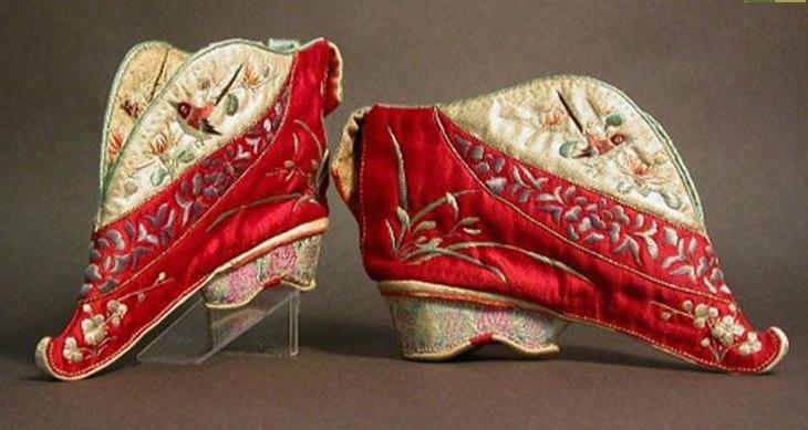 Phong tục bó chân của phụ nữ Trung Quốc